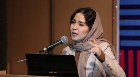 عکس/ سخنرانی فاطیما حسینی درباره تاثیر جنسیت در ایدهپردازی